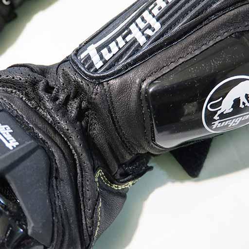 ساق دستکش موتورسواری فوریگان مدل SxS70 مشکی